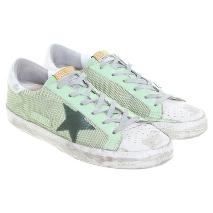 Golden Goose Sneakers in look usato