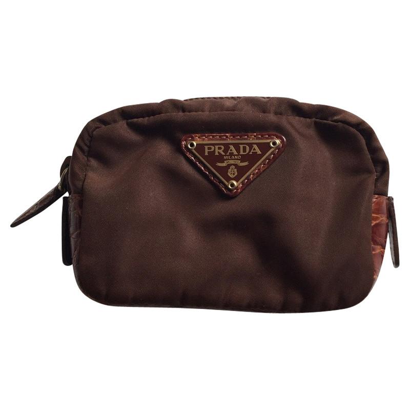 france prada makeup bag c6258 4c49b 553d037eea0cb