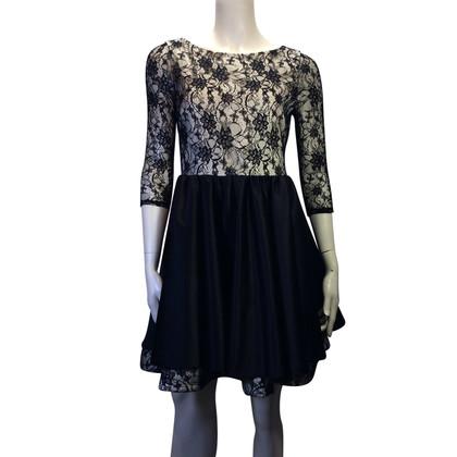 Alice + Olivia Kant jurk