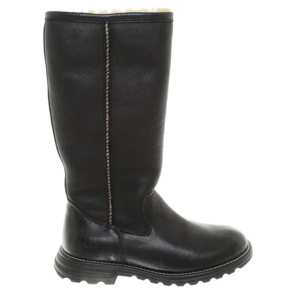 Ugg Sheepskin Boots in Black