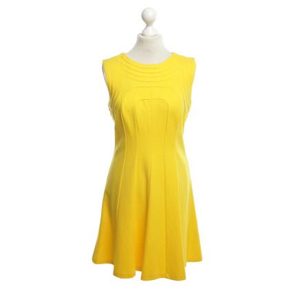 Ted Baker Kleid in Gelb
