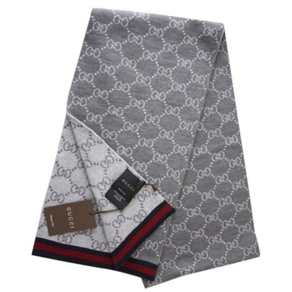 Gucci Strickschal in Grau