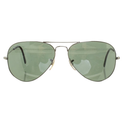 Ray Ban Sunglasses in pilot style