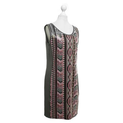 Hugo Boss Kleid mit Pailletten-Besatz