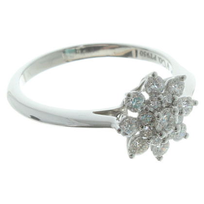 Tiffany & Co. Ring with flower