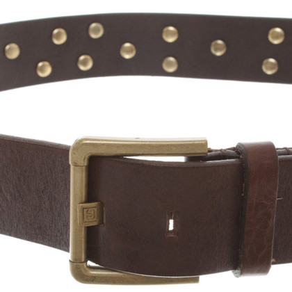 Chanel Cintura in pelle con dettagli in metallo