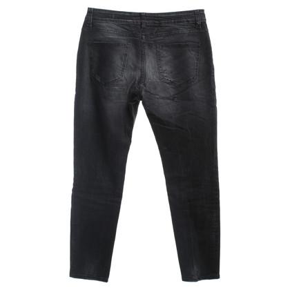 Closed Grijze jeans vernietigd