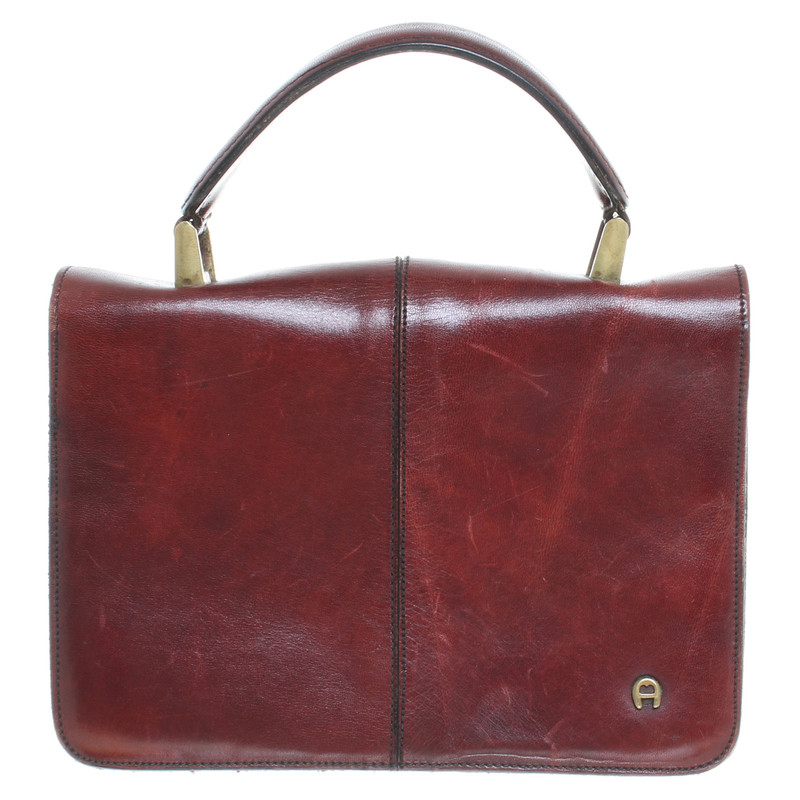 Aigner Bag in Burgundy