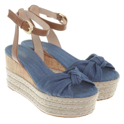 Michael Kors Wedges in jeans look