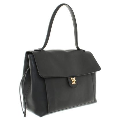 Louis Vuitton Lederhandtasche in Schwarz