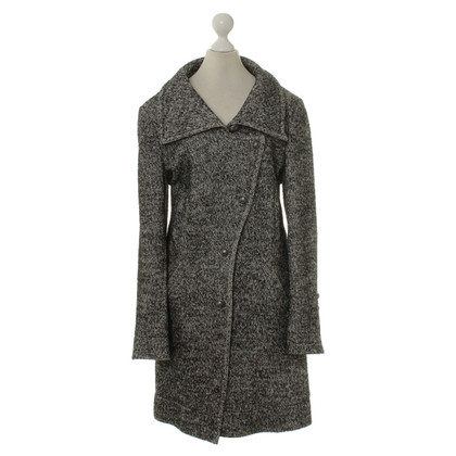 Drykorn Coat in black and white