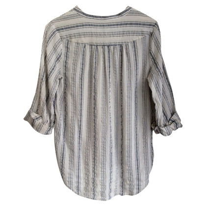 Closed Shirt with stripes