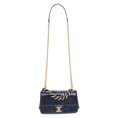 8d97ea5b7838 Chanel Classic Flap Bag Small Leather in Blue - Second Hand Chanel ...