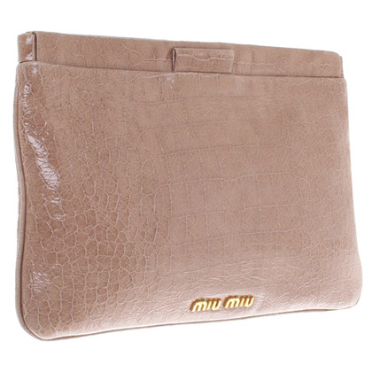 Miu Miu Clutch aus Lackleder