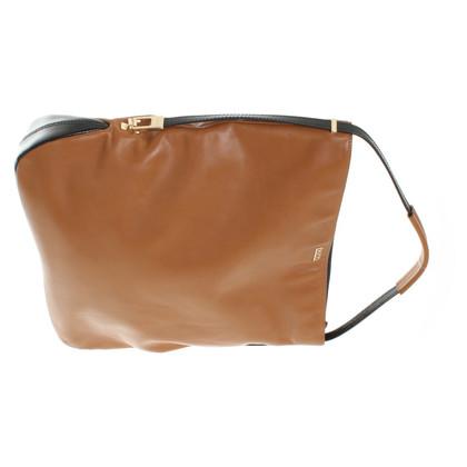 Hugo Boss Handtasche in Braun