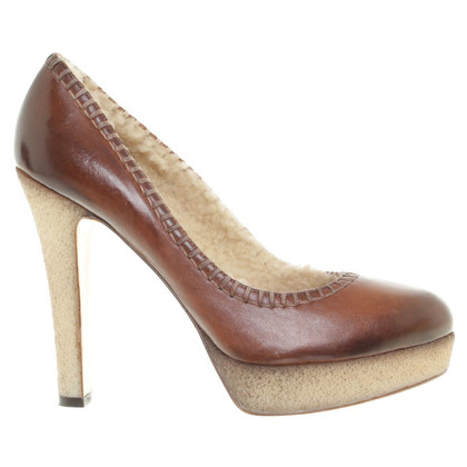 Eva Turner pumps Brown