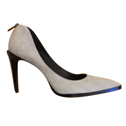 Helmut Lang pumps a Gray