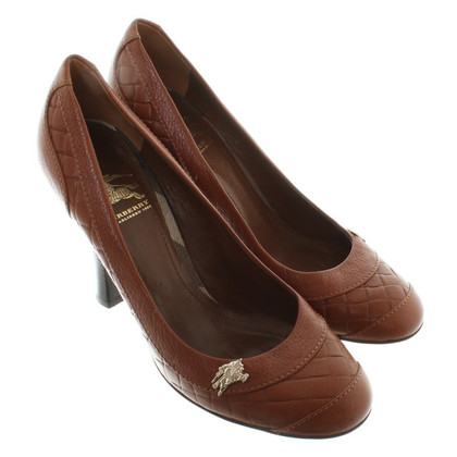 Burberry Pumps in Braun