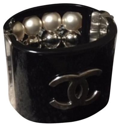 Chanel armbanden