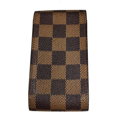 Louis Vuitton Sigaret uit Damier Ebene Canvas