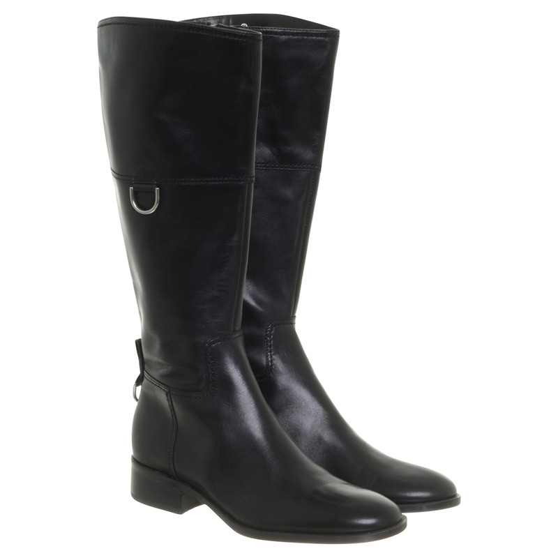 Aigner Boots Leather in Red Second