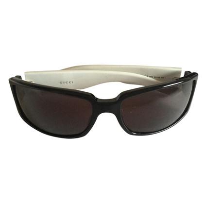 Gucci Sun glasses