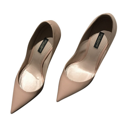 Dolce & Gabbana pumps in Nude