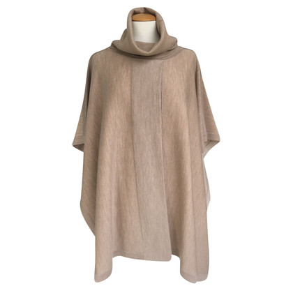Hugo Boss Poncho in wool