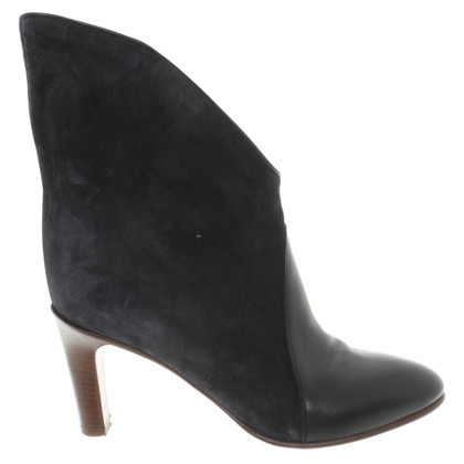 Chloé Leather ankle boots in black