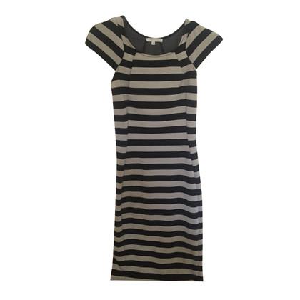 Patrizia Pepe Kleid mit Streifenprint