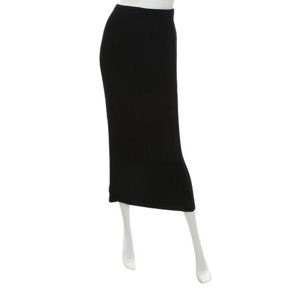Issey Miyake Midi Rok in zwart