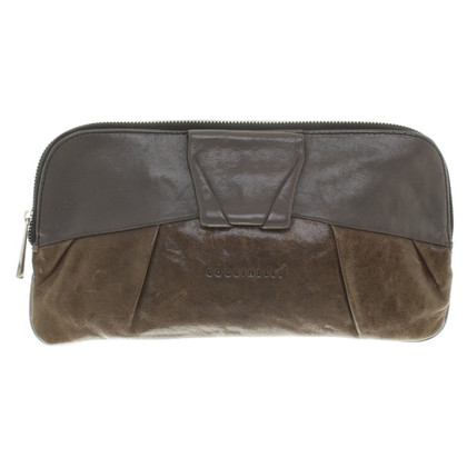 Coccinelle clutch at grey