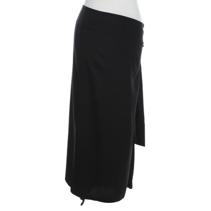Yohji Yamamoto Wrap skirt in black