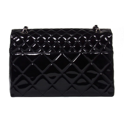 "Chanel ""Jumbo Flap Bag"" aus Lackleder"