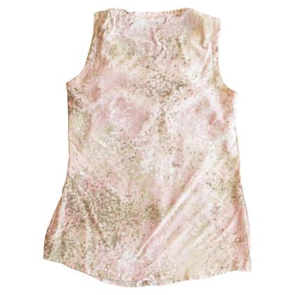 Akris top made of silk