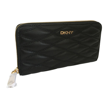 DKNY quilted nappa wallet