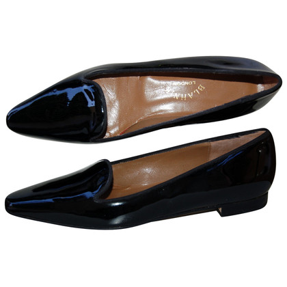 Manolo Blahnik Slipper in zwart