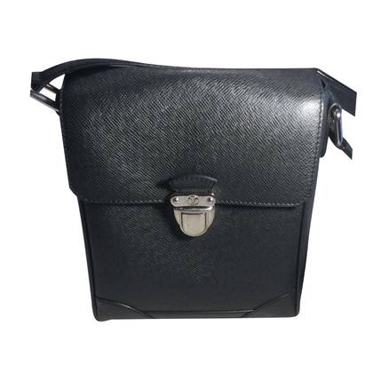 Louis Vuitton Pelle Taiga Bauletto