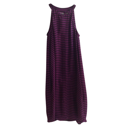 Closed Silk dress with stripes
