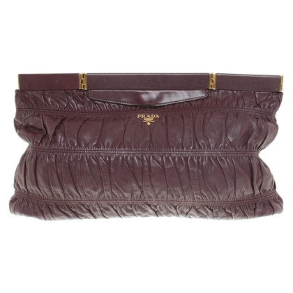 Prada Clutch in Bordeaux