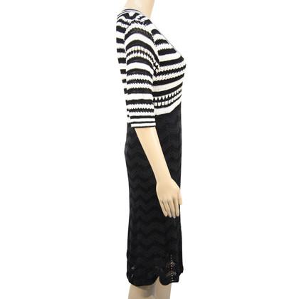 Karen Millen Knit dress in black and white