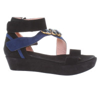 Pinko wedges