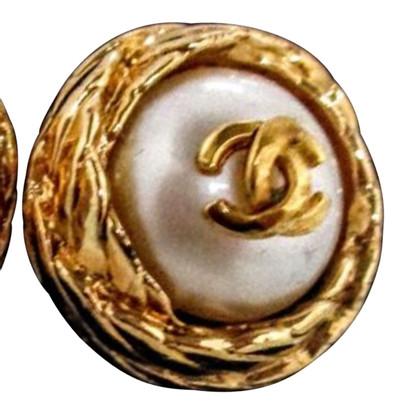 Chanel Perlenohrringe