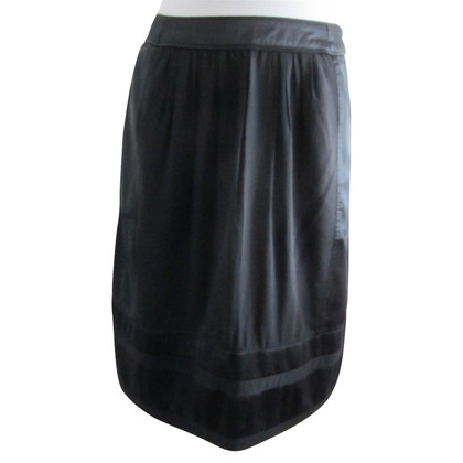 Burberry Black silk skirt