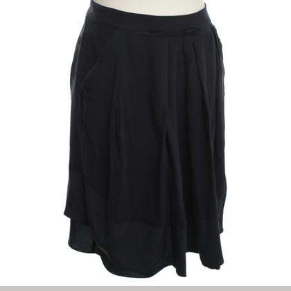 Schumacher skirt in dark blue
