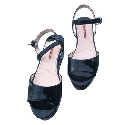 Prada Sandaletten mit Keilabsatz