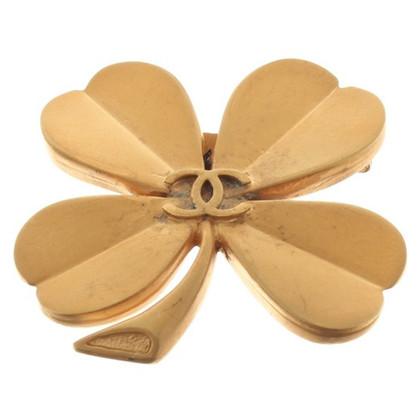 Chanel Goldfarbene Brosche