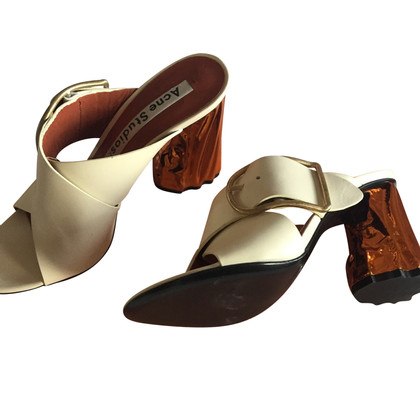 Acne Sandaletten