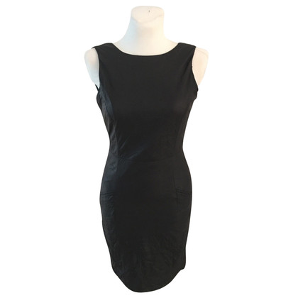 Gestuz black shift dress