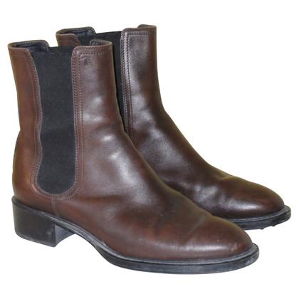 Tod's Chelsea boots in dark brown